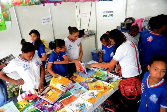 A Feira do Livro Foto Bernardo Bezerra 25-09-14 (10)